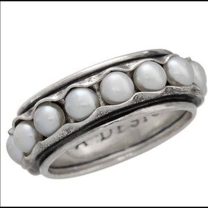 Silpada Nested Pearl Silver Ring.